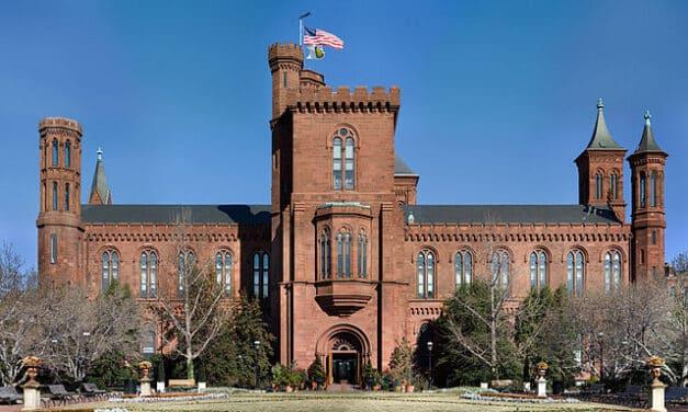 El Instituto Smithsonian hace acopio de objetos hallados en la revuelta al Capitolio